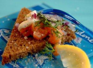 salmon-tartare2-1-15-2009-3-00-00-pm