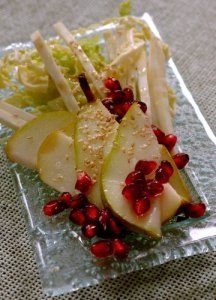 celeriac, cabbage and pear salad with pomegranats 2