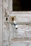door and mismatched knob.NEF