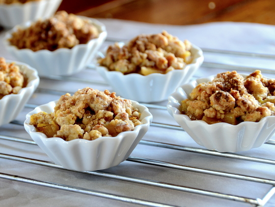 Quince crumble with orange and ginger 1