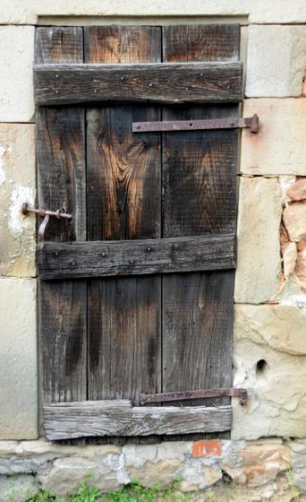 brown door 1