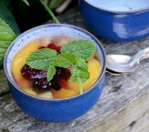 Summer peach soup 11-07-2013 19-36-49 3619x3208