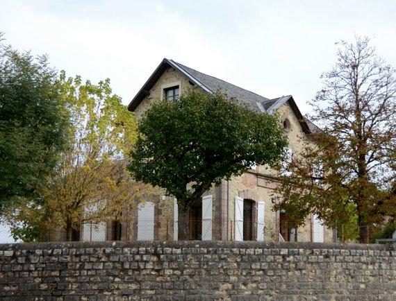 les hotels de villes - la Chapelle aux saints 4