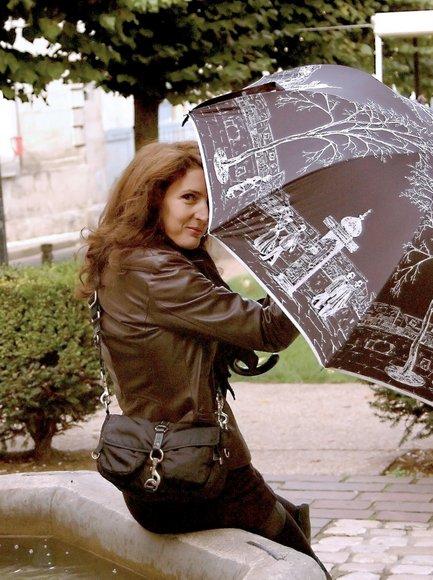 la parisienne 2 29-10-2010 12-24-08 1621x2173