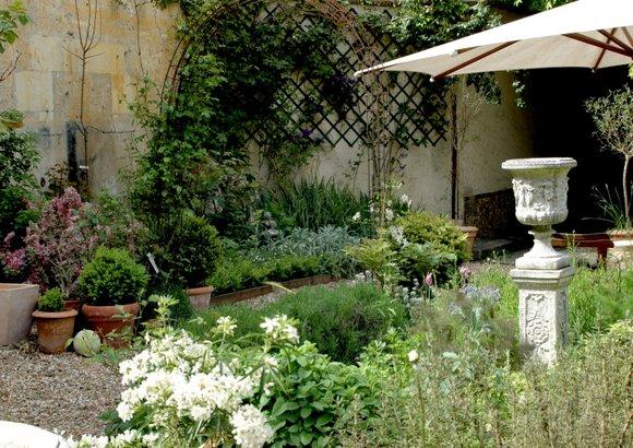 garden 2008 2822x1994