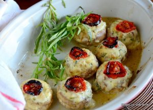 Mushrooms filled with St. Moret cheese.-002