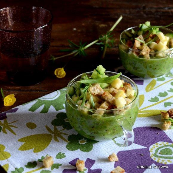 Sorrel, cucumber and kiwi gazpacho