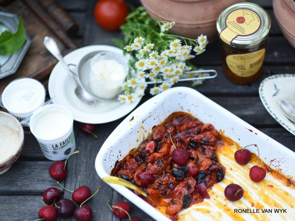 cottage cheese with roasted honey tomatoes-001